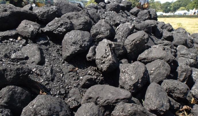 Какая разница между углем и камнем?